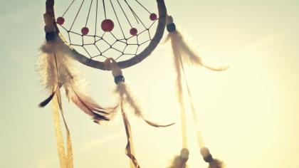 How the dreamcatcher came to the people (Lakota)